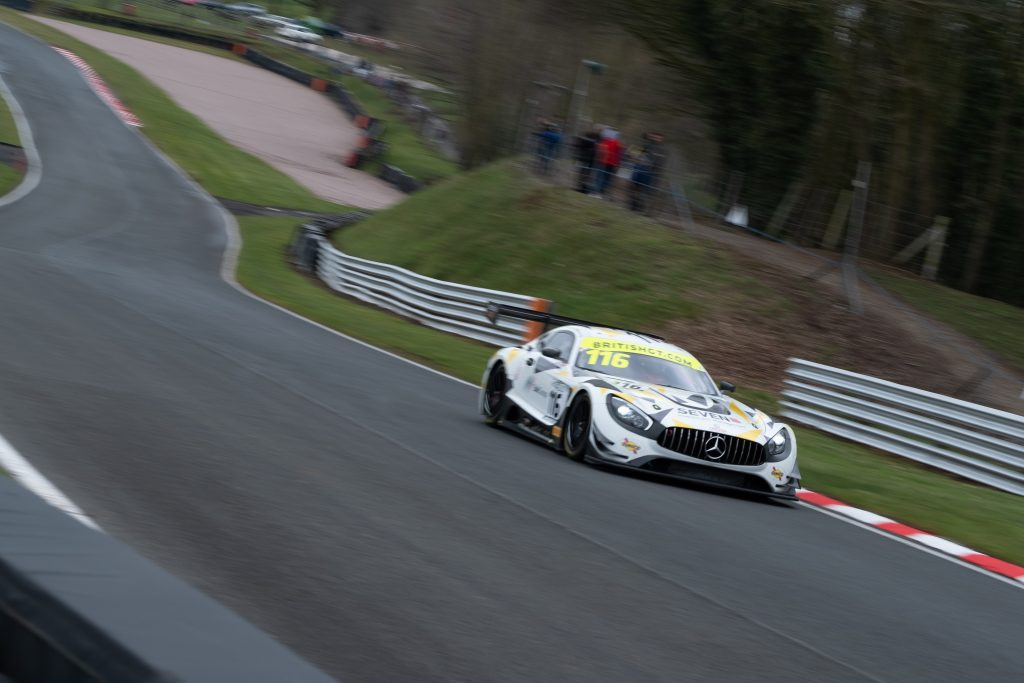 A Mercedes-AMG GT3 from ERC Sport on the track at Oulton Park.